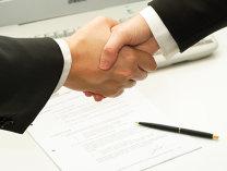 Rusia şi Turcia au semnat un acord pentru înlăturarea restricţiilor privind schimburile comerciale