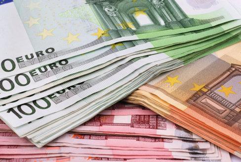 Cehia vrea statut de observator în Eurogrup, de teama riscului diminuării voturilor ţărilor noneuro