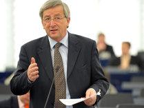 Juncker îi invită la o reuniune pe liderii Grupului Vişegrad, pentru depăşirea disensiunilor