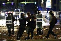 Spania în flăcări: Guvernul de la Madrid anunţă că va suspenda, sâmbătă, autonomia regiunii catalane