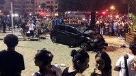 Imaginea articolului DEZASTRU în dimineaţa aceasta după ce un şofer a intrat cu maşina în plin în mulţime. Bilanţul tragic până la această oră