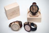 Ceasuri unicat, din lemn de esenţe exotice, afacerea de succes a doi tineri din Cluj-Napoca