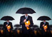 Efervescenţă în asigurări: patru firme mari şi-au schimbat şefii de la începutul anului