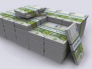Mai nou, trebuie să plăteşti ca să ţii euro la bancă