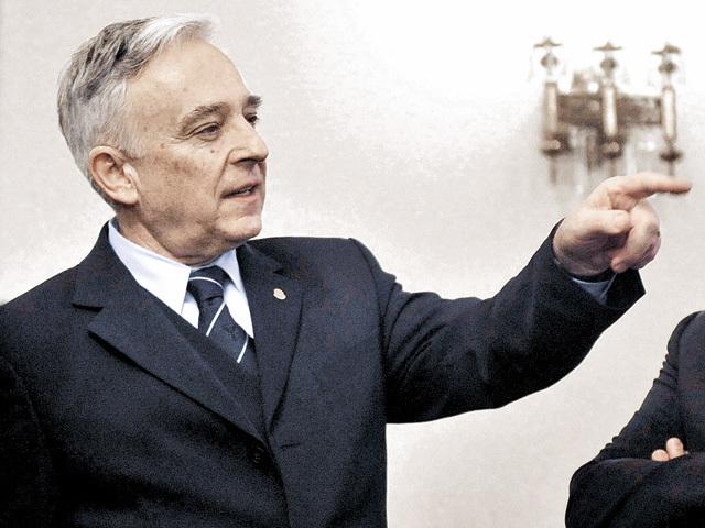"""Mugur Isărescu, BNR: """"Sunt peste 20 mld. lei în prezent deţinute de câteva zeci de mii de străini. Adică aceia au încredere în leu şi noi nu"""""""