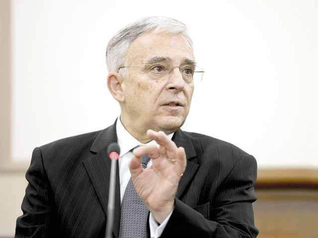 Mugur Isărescu, BNR: Nu vorbim despre deflaţie pentru că avem o creştere puternică a consumului intern; Prima casă nu trebuie să fie inclusă în darea în plată