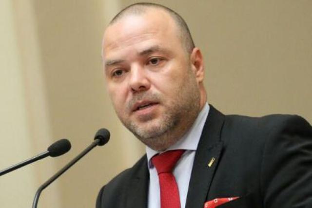 Florin Dănescu, ARB: Am fost întrebat cu ce animal aş asocia sistemul bancar. Sunt de acord că ar fi un crocodil cu gura deschisă