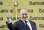 """""""Au fost motivaţi de lăcomie"""": Putreziciunea din sistemul bancar încă mai iese la suprafaţă la opt ani de la marea criză"""