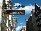 """Polonia îşi """"repolonizează"""" sistemul bancar"""