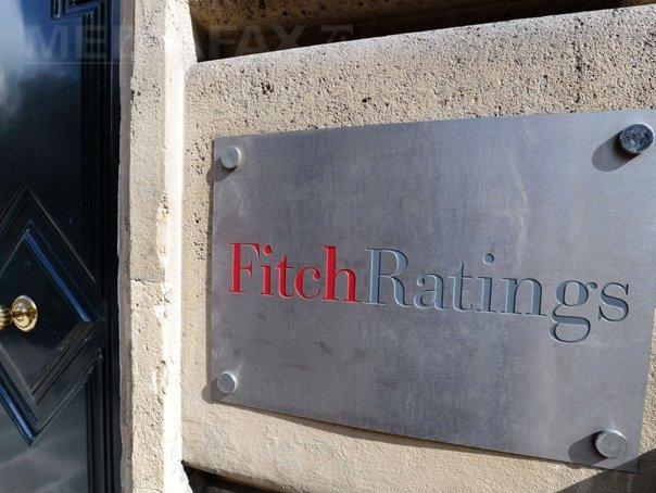 Fitch confirmă ratingurile pentru patru bănci româneşti şi promovează evaluările viabile pentru BCR