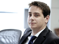 """Radu Dumitrescu, Deloitte: Anul 2016 a fost un an al """"încercărilor"""", destul de sărac în tranzacţii la nivel bancar. În 2017, numărul de bănci ar putea să se reducă cu încă două-trei"""