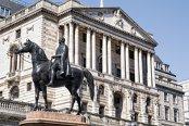 Banca Angliei lansează de urgenţă o analiză a creditelor de consum din cauza creşterii rapide a îndatorării gospodăriilor
