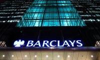 Banca britanică Barclays şi patru foşti directori sunt acuzaţi de fraudă