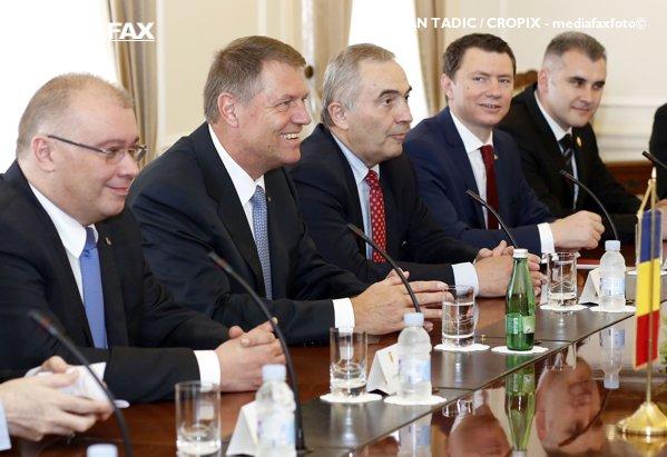 Lovitură de teatru: Impozitul pe cifra de afaceri, cu care vine acum PSD, a fost pus în discuţie prima dată acum patru ani de actualul consilier prezidenţial pe probleme economice al lui Iohannis