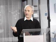 ZF Live. Aurelian Dochia, analist economic: Probabil dobânzile la creditele în lei vor începe să crească lent din toamnă; economia se îndreaptă spre o situaţie mai puţin stabilă