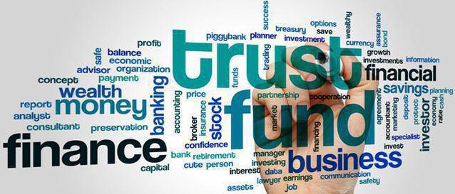 Grafice şi tabele bănci şi asigurări