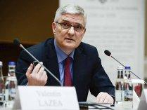 Daniel Dăianu, BNR: România are de corectat o combinaţie suboptimă de politici macroeconomice pentru a nu obliga BNR la creşteri dramatice ale ratei de politică monetară