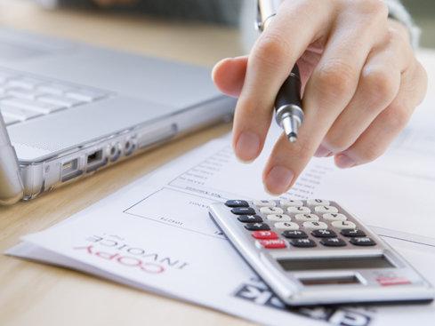 Banca Transilvania anticipează creşterea creditării private cu peste 4% în 2017 şi 2018. În 2019, ritmul încetineşte la 3,1%