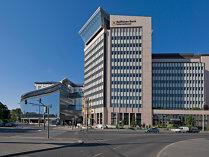 Primul pachet de credite neperformante mixt - retail şi corporate: Raiffeisen vrea să scape de un pachet de neperformante, suma vehiculată fiind de peste 250 mil. euro