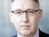 Continuă consolidarea sectorului bancar. Andy Baldwin, EY EMEIA: Probabil vom observa o revenire la fuziunile transfrontaliere, între băncile mai mari. Europa este suprabancarizată