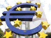 Zona euro: cash-ul rezistă