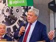 OTP are prima reacţie la decizia BNR de a respinge achiziţia Băncii Româneşti: Analizăm aspectele juridice ale scrisorii BNR.