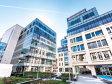 Piraeus Bank discută cu fondul de investiţii Revetas vânzarea birourilor Landmark