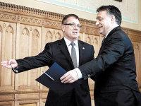 Analiştii avertizează că politica dobânzilor ultramici a Ungariei riscă să arunce forintul într-un cerc vicios, iar guvernatorul băncii centrale maghiare vorbeşte de venirea unei crize, dar din afară
