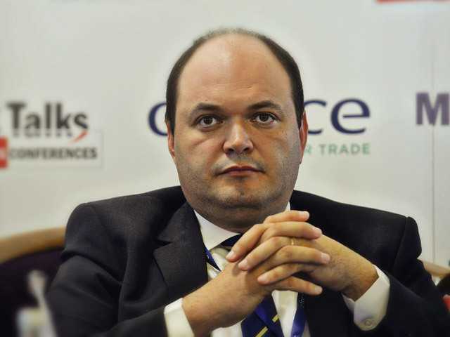 Ionuţ Dumitru, economistul-şef al Raiffeisen Bank: Leul a fost pe un trend de depreciere de mai bine de un an. Fundamentele macroeconomice se deteriorează şi pun presiune susţinută pe curs