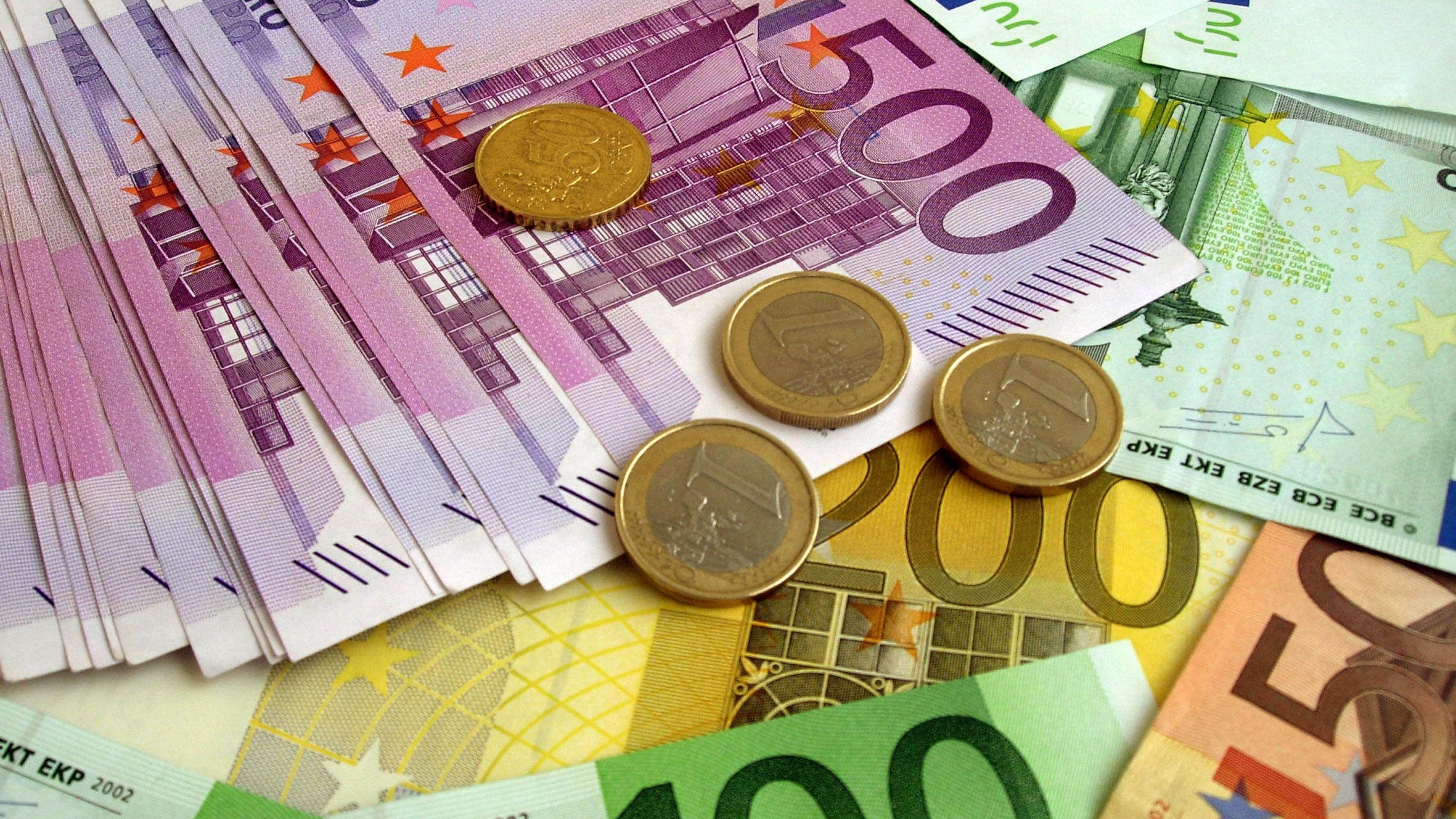 analiza zilnică în valută