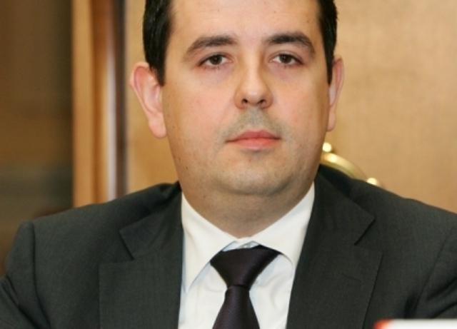 """Dragoş Bîlteanu a ajuns în doar doi ani """"ţarul SIF-urilor"""". Pentru al doilea an consecutiv, SIF Banat-Crişana taie din nou dividendele ca să cumpere acţiuni la celelalte SIF-uri"""
