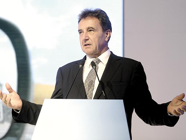 Demisia lui Roiss de la cârma OMV a ajuns unealtă politică pentru Austria. Statul vrea un rol mai puternic în companiile strategice