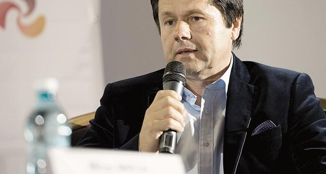 Angajaţii Băncii Transilvania şi Ropharma au încasat anul acesta bonusuri în acţiuni de 4,3 milioane de euro