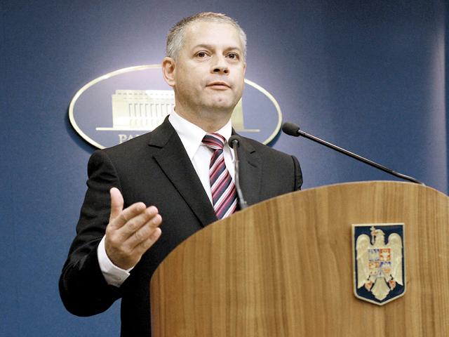 ZF cere ANRP să publice lista tuturor persoanelor care au încasat despăgubiri în cash şi în acţiuni ale FP