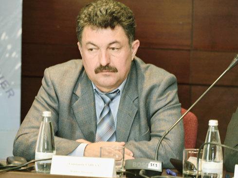 Constantin Văduva, membru al directoratului Transelectrica, a avut anul trecut venituri lunare nete de 30.500 lei, plus 73% faţă de anul precedent