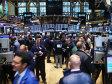 """Investitorii îşi fac """"provizii"""" pentru o săptămână extrem de agitată. Bursele scad pe toate fronturile, inclusiv la Bucureşti"""