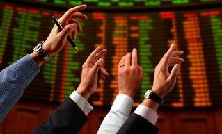 Fondul american de hedging Elliott Associates continuă să cumpere acţiuni Fondul Proprietatea