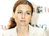 Oana a calculat în cât timp poate ajunge România la nivelul salariilor din UE