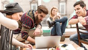 """De ce au companiile nevoie de tineri din generaţiile Z şi Y. """"Angajatorii trebuie să îşi asume rolul de sommelier, pentru a ne facilita procesul de degustare, ca mâine să ştim ce vrem să cumpărăm."""""""