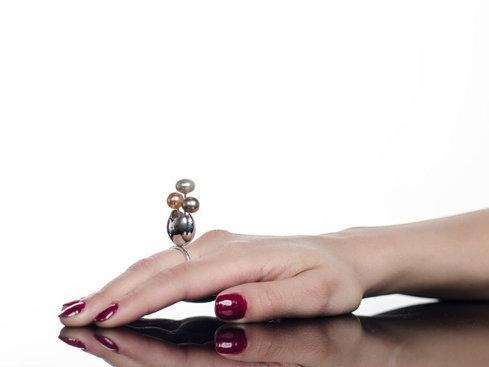 O antreprenoare din Arad a vândut în 2016 bijuterii de 12.000 de euro