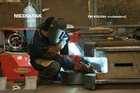 Reindustrializarea României. Fabricile au nevoie de sudori, lăcătuşi, şi mecanici: România mai are 27 de şcoli profesionale faţă de 800 la sfârşitul anilor '90