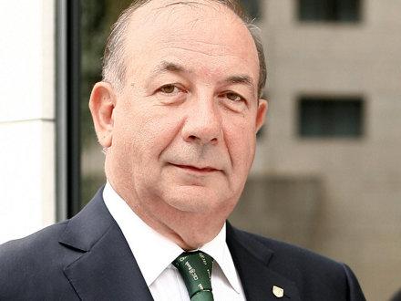 Radu Graţian Gheţea, preşedintele CEC Bank, cel mai scump pensionar bancher: pensie de 13.800 de lei pe lună, salariu net de 100.000 de lei pe lună