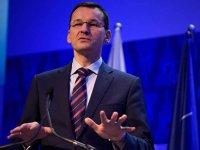 Cel mai puternic politician al Poloniei şi-a pus premier un economist văzut bine de investitori care vrea un rol mai mare al statului în business în locul unui aliat fidel care nu şi-a putut struni miniştrii