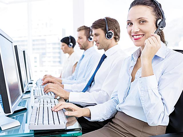 Un salariu pe zi în România. Cât câştigă un customer support representative într-un centru de servicii