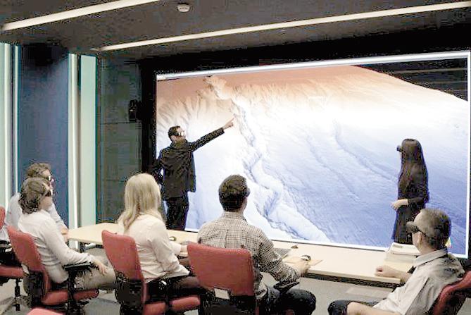 """Petrom: 200 de geologi caută cu un """"cinema"""" 3D petrolul ascuns"""