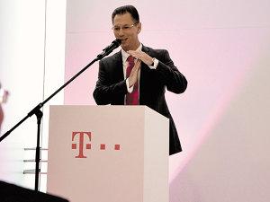"""Telekom atacă din prima zi: """"Vrem să «cutremurăm» piaţa şi să o ducem într-o direcţie diferită, către pachete integrate de servicii"""""""