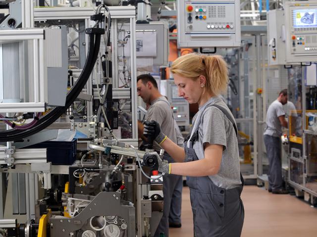Fabrica Daimler şi-a făcut loc printre marii exportatori