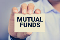 Cei mai mari manageri de fonduri mutuale controlează 95% din piaţă