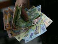Un angajat moldovean câştigă cu 41% mai puţin ca un bucureştean