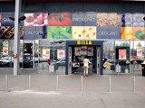 Este OFICIAL: Unul dintre cele mai mari branduri de supermarketuri va DISPĂREA din România. Ce apare în loc